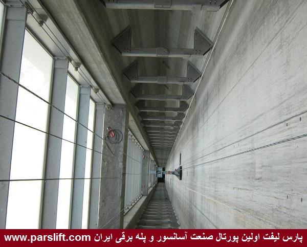 عکس آسانسور برج میلاد