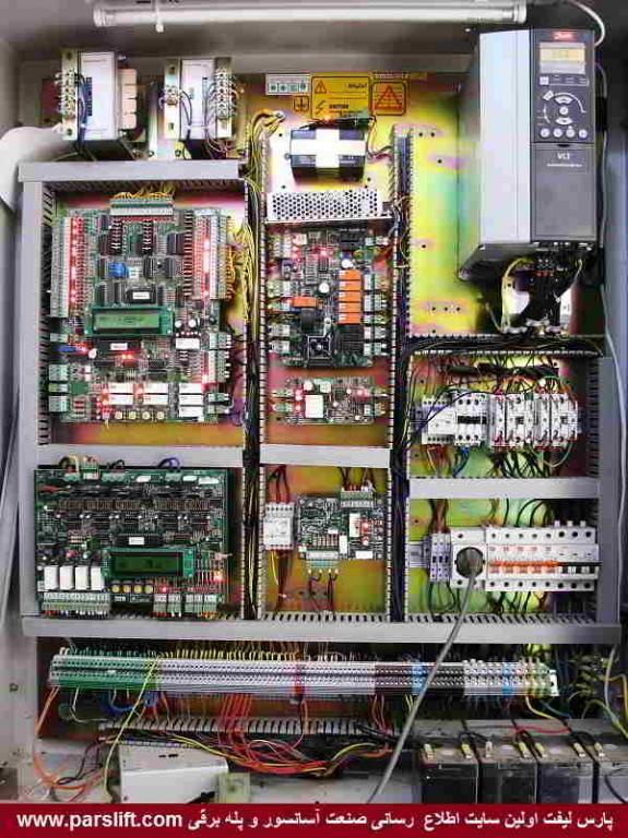 طی این چند سال هنوز مشکل تابلو آسانسور برطرف نشده www.parslift.com